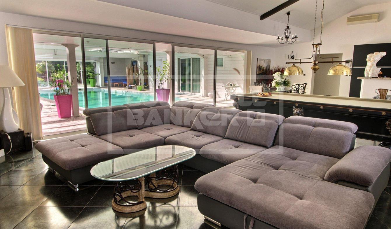 Vente Maison De Luxe Cestas | 1 100 000 € | 247 M² avec Piscine Cestas