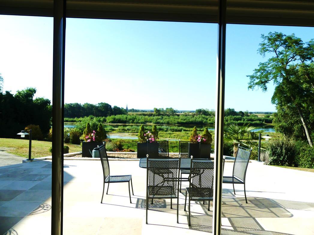 Vente Maison De Luxe Checy | 1 350 000 € | 450 M² à Piscine Checy
