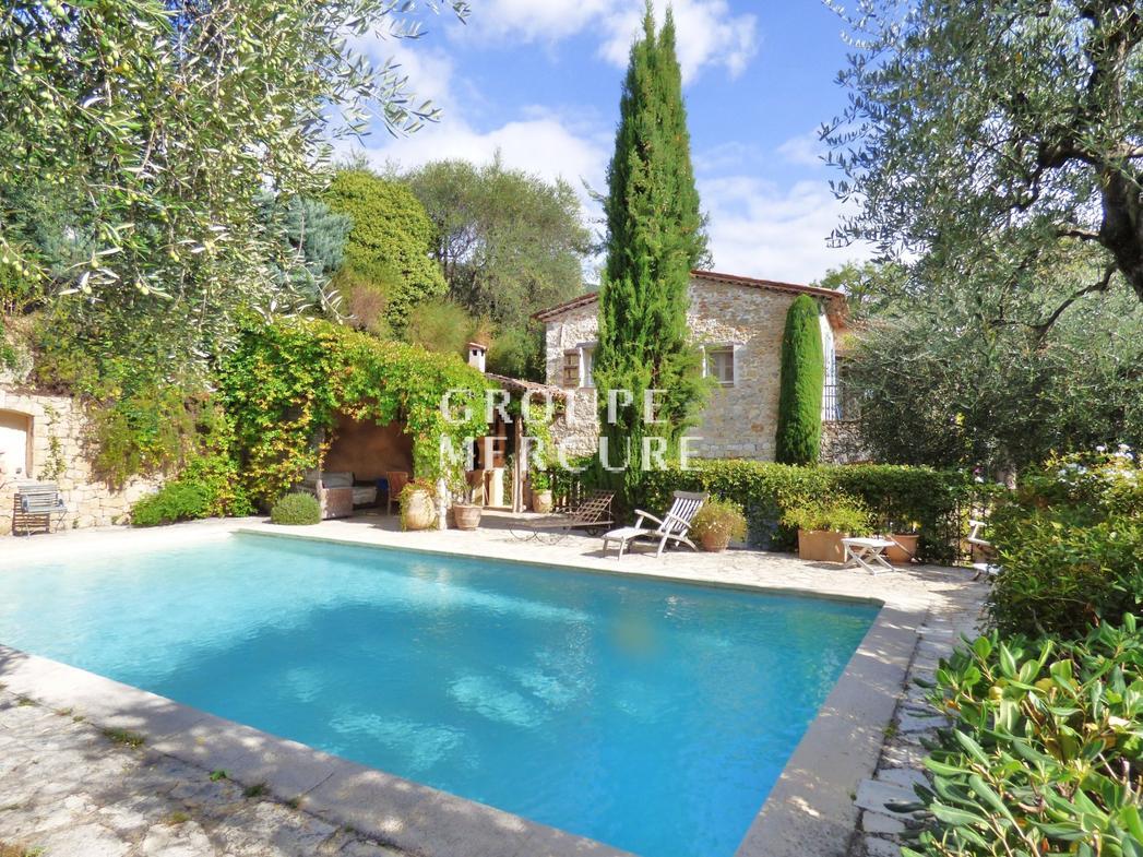Vente Maison De Luxe Grasse   1 480 000 €   290 M² serapportantà Piscine Grasse