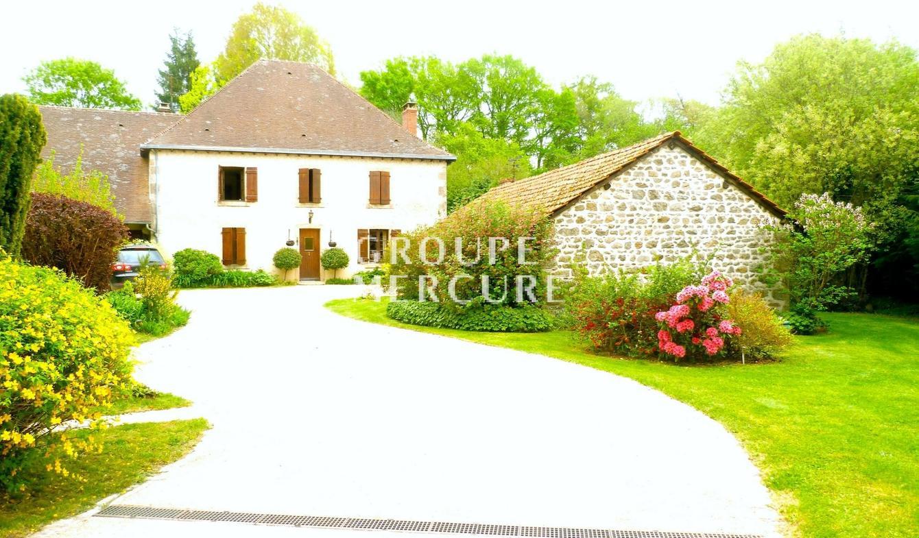 Vente Maison De Luxe Gueret | 500 000 € | 400 M² tout Piscine De Gueret