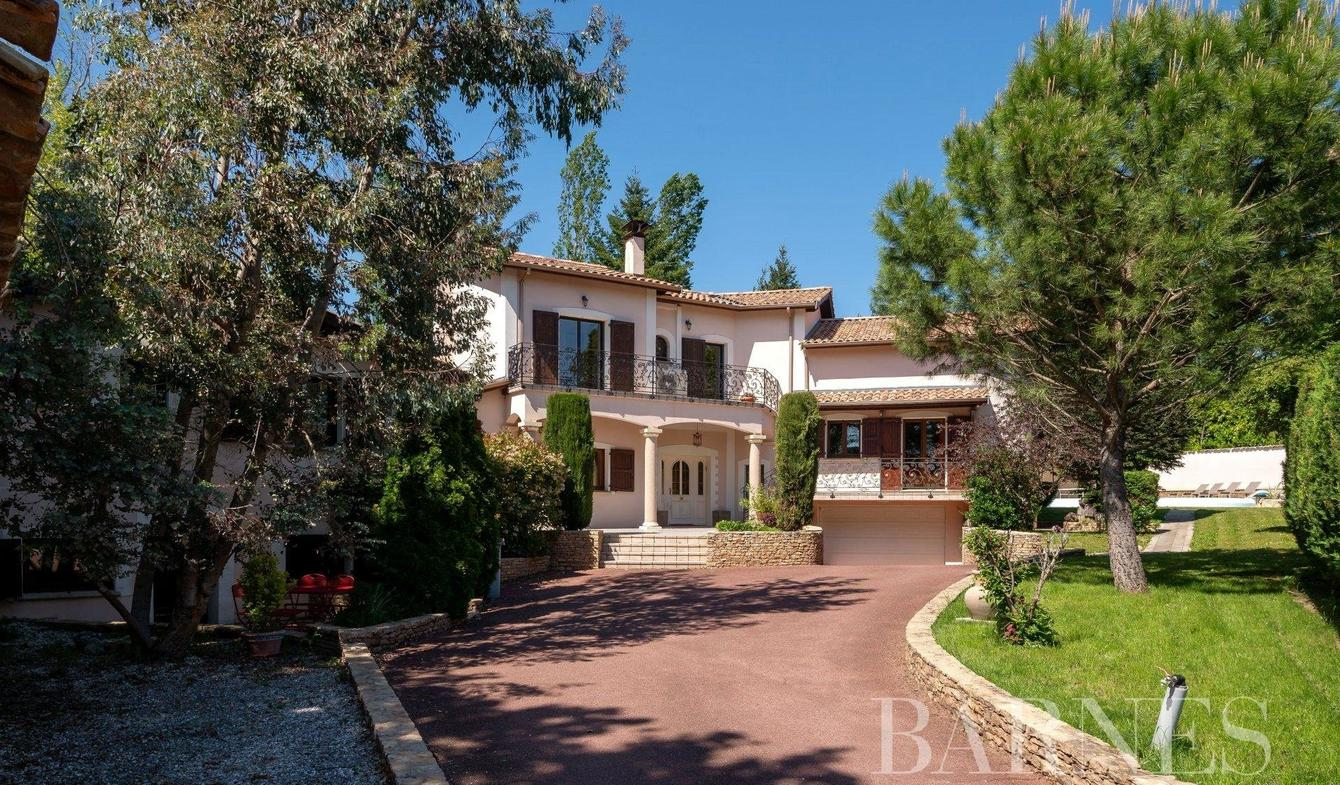 Vente Maison De Luxe Meyzieu   1 016 000 €   297 M² pour Piscine Meyzieu