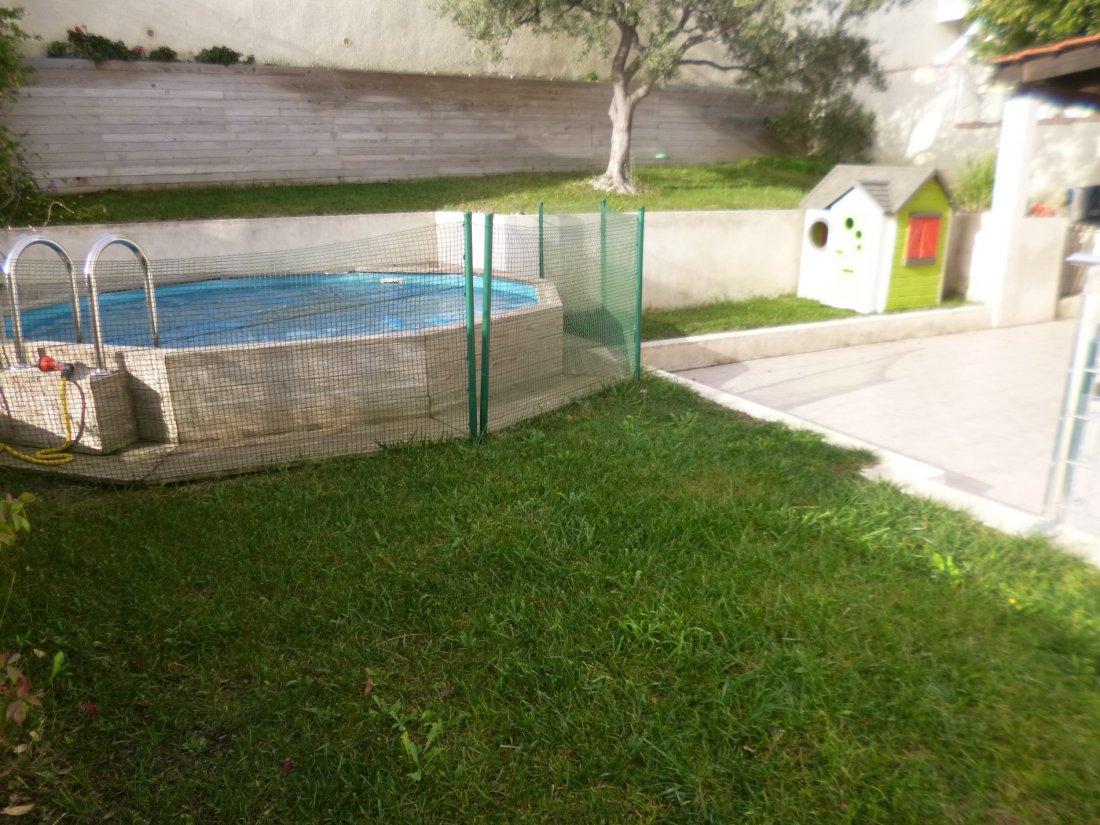 Vente Pavillon T5 Garage Et Piscine Hors Sol concernant Volet Roulant Piscine Hors Sol