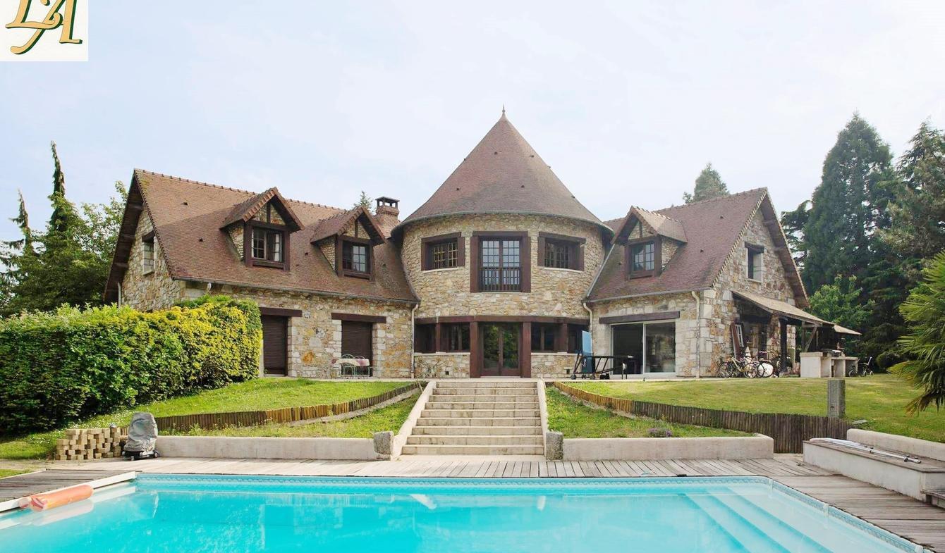 Vente Propriété De Luxe Pacy-Sur-Eure   875 000 €   364 M² intérieur Piscine Pacy Sur Eure