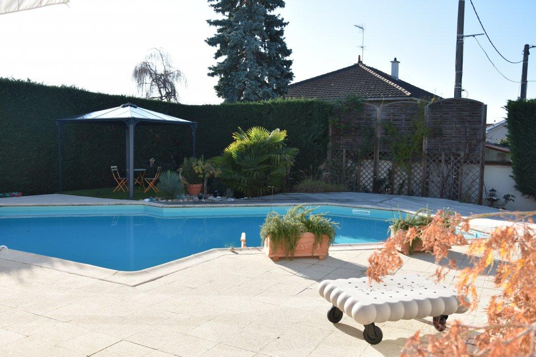 Vente Roanne Proche Centre-Ville, Maison De Ville Sur 902M² ... avec Piscine De Roanne
