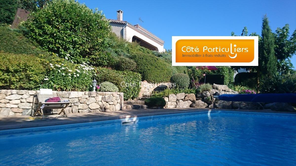 Vente Sur Terrain 3140 M2. Villa Avec Piscine avec Piscine De Feurs