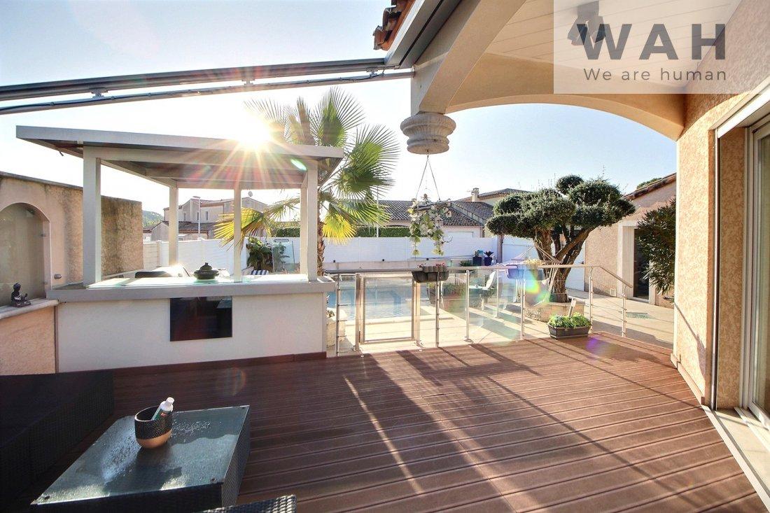 Vente Vente Villa 5 Pieces + Appartement Independant - 34270 ... intérieur Piscine St Mathieu De Treviers