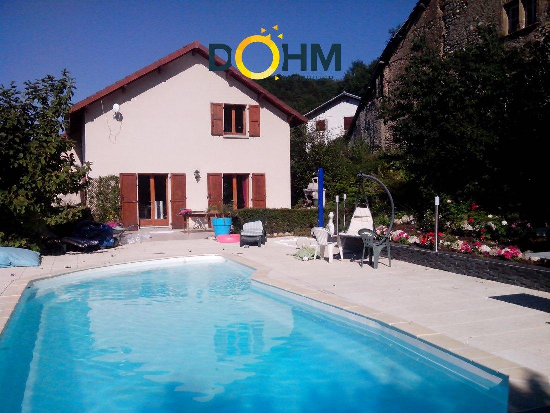 Vente Villa De 137M² Avec Piscine Et Vue | Dohm Immobilier avec Piscine Les Abrets