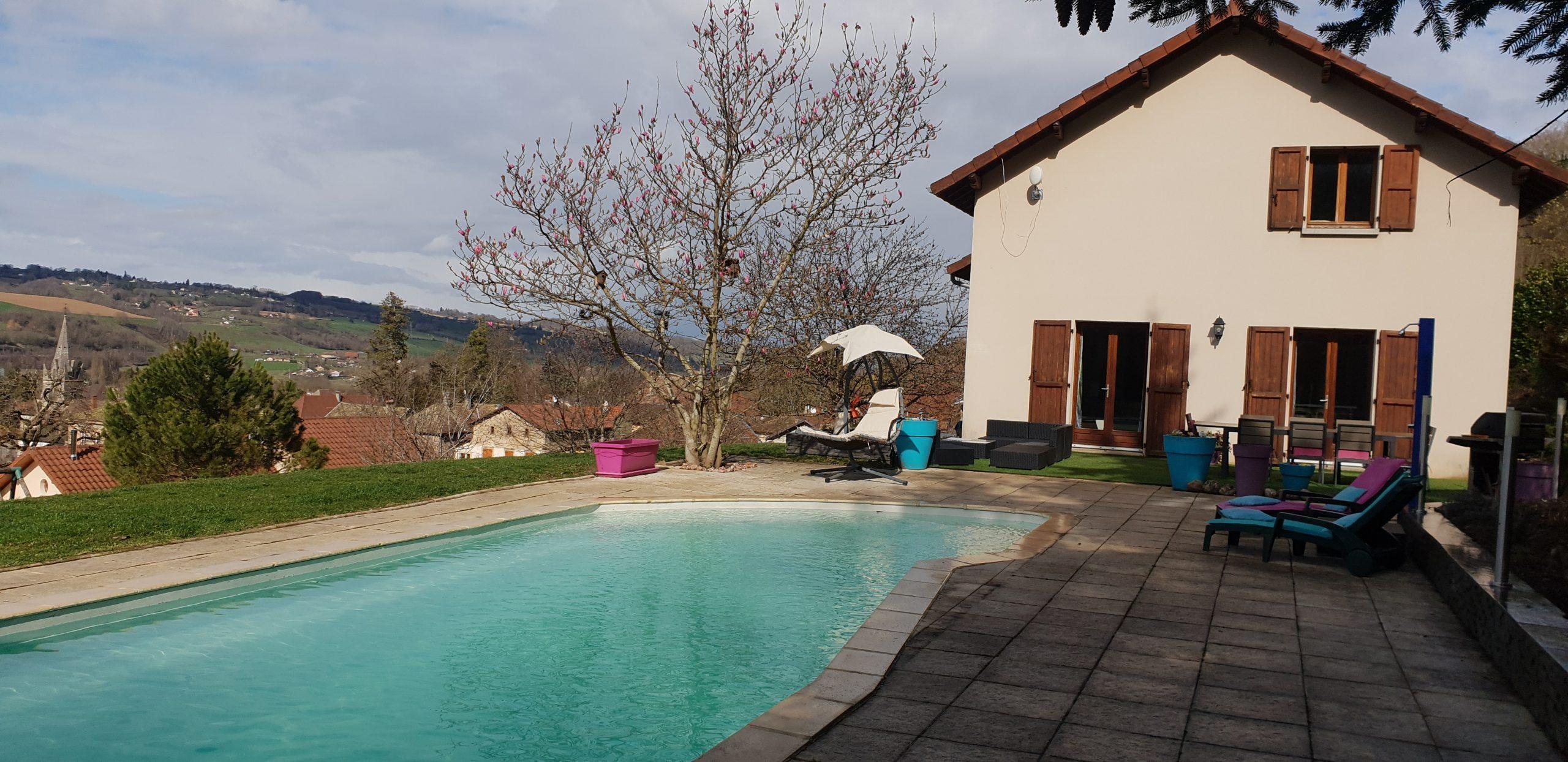 Vente Villa De 137M² Avec Piscine Et Vue | Dohm Immobilier destiné Piscine Les Abrets