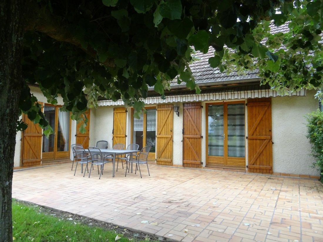 Vente Villa De 5 Chambres A 3 Minutes De Feurs Avec Piscine ... concernant Piscine De Feurs