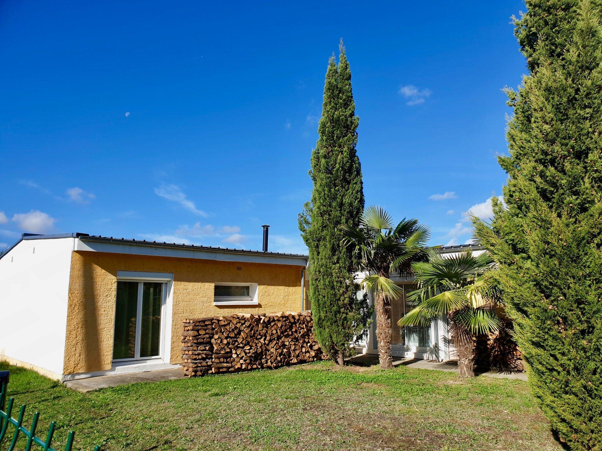 Vente Villa De Plain Pied Avec Piscine A Proximite Des ... destiné Piscine A Proximité