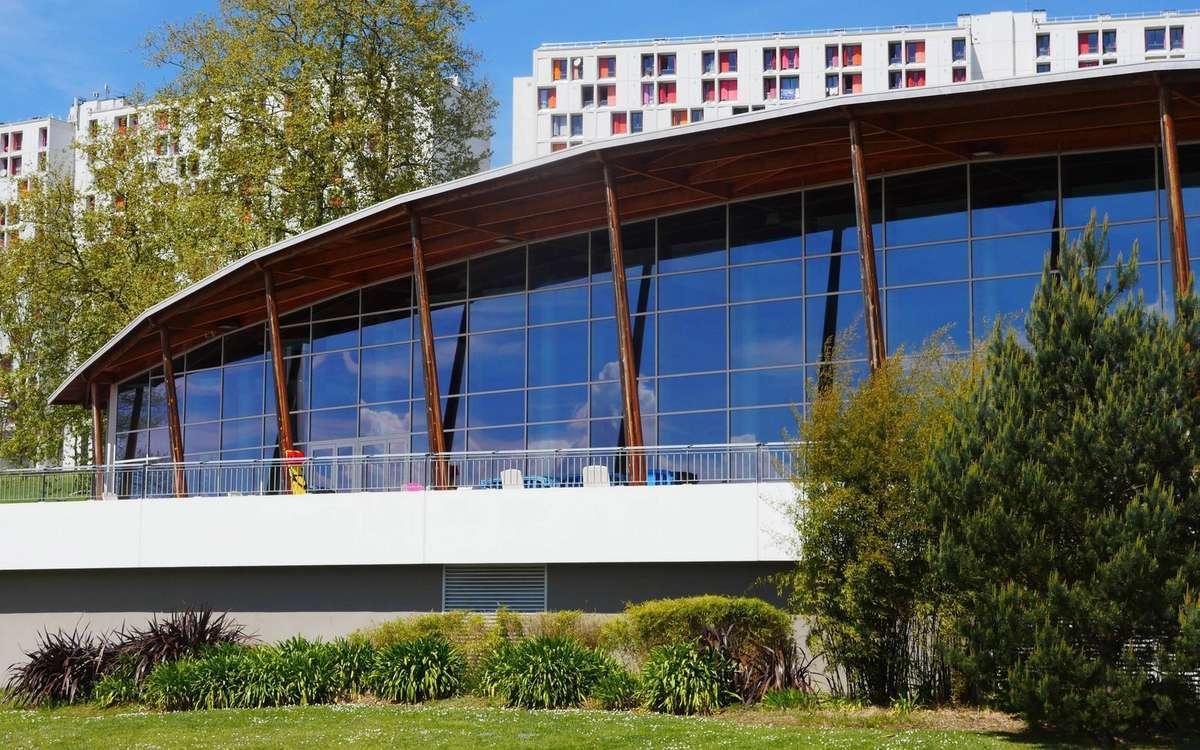 Vidéo. Pourquoi La Piscine De Bayonne Ferme intérieur Centre Aquatique Des Hauts De Bayonne Piscine Bayonne