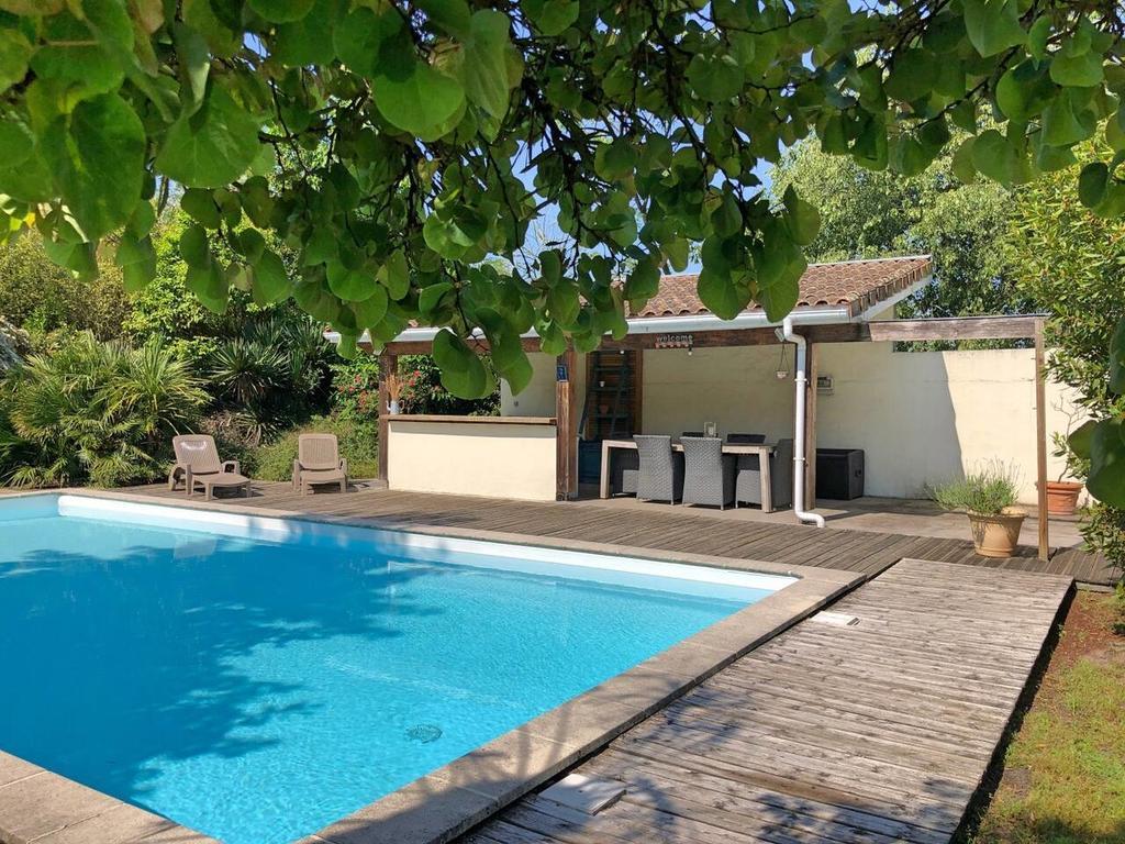 Villa Aux Portes De Bordeaux Au Calme Avec Piscine, Eysines ... à Cash Piscine Bordeaux