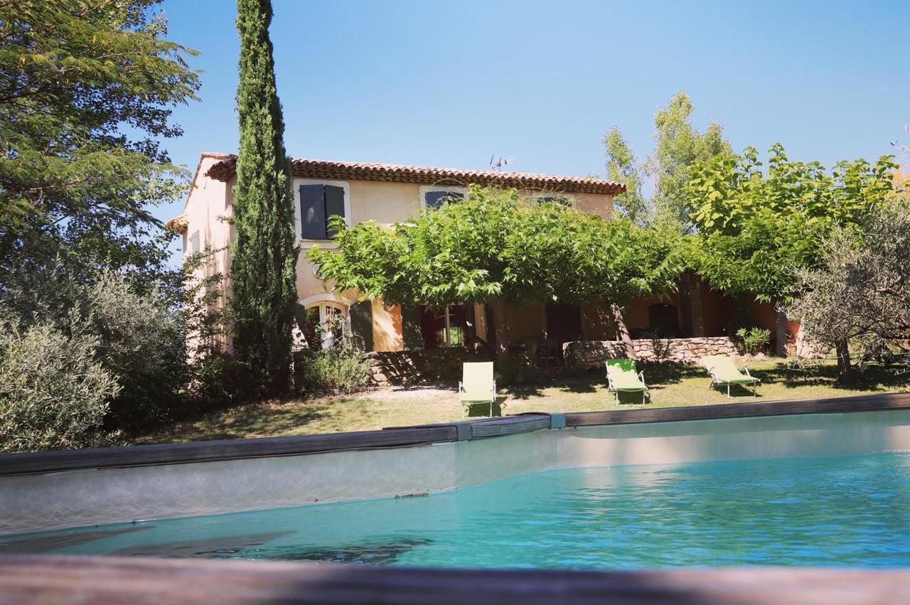 Villa Avec Piscine Au Coeur Du Luberon, Sannes, France ... pour Cash Piscine Manosque