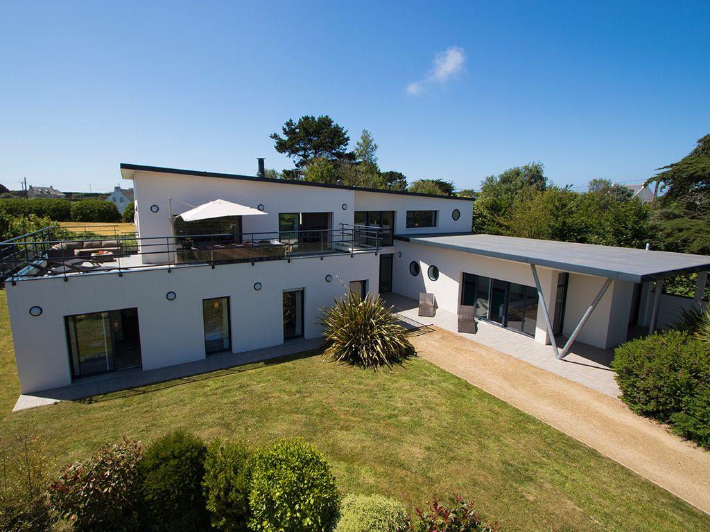 Villa Avec Piscine Interieure Chauffée, Jacuzzi, Hammam Et Vue Mer -  Plougrescant à Location Maison Avec Piscine Intérieure Et Jacuzzi
