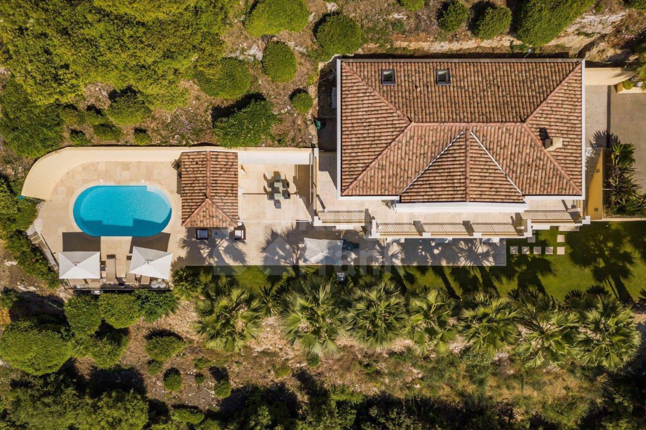 Villa Avec Vue Mer Piscine Et Ascenseur À Grasse à Piscine Grasse