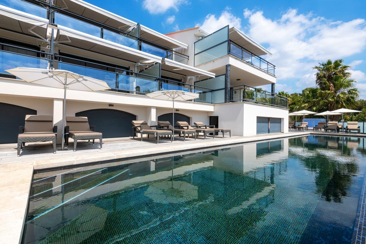 Villa Cassis (Fransa Cassis) - Booking encequiconcerne Piscine Bonneveine