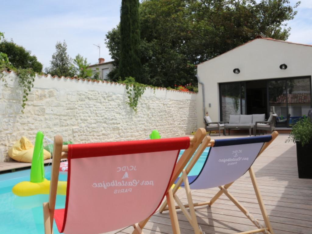 Villa De Buzay, La Rochelle | Accueil destiné Piscine Chatelaillon