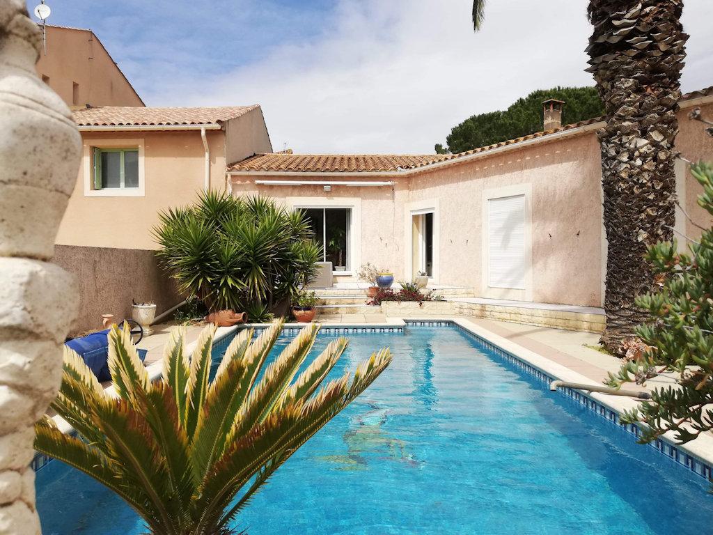 Villa Des Corbières Avec Piscine, Cuisine Extérieure, Villa ... pour Piscine La Cote Saint André