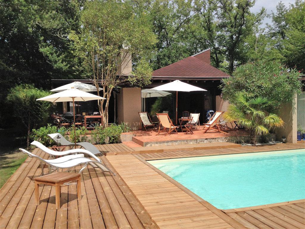 Villa Du Golf Bordeaux-Cameyrac, Piscine Privée Et Tennis ... concernant Pisciniste Bordeaux