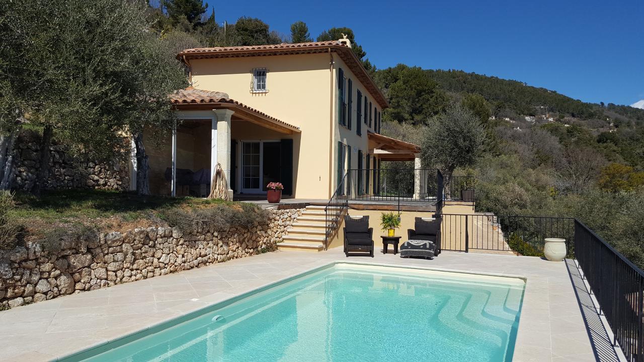 Villa Fontaine, Alpes Maritimes avec Piscine Harjes