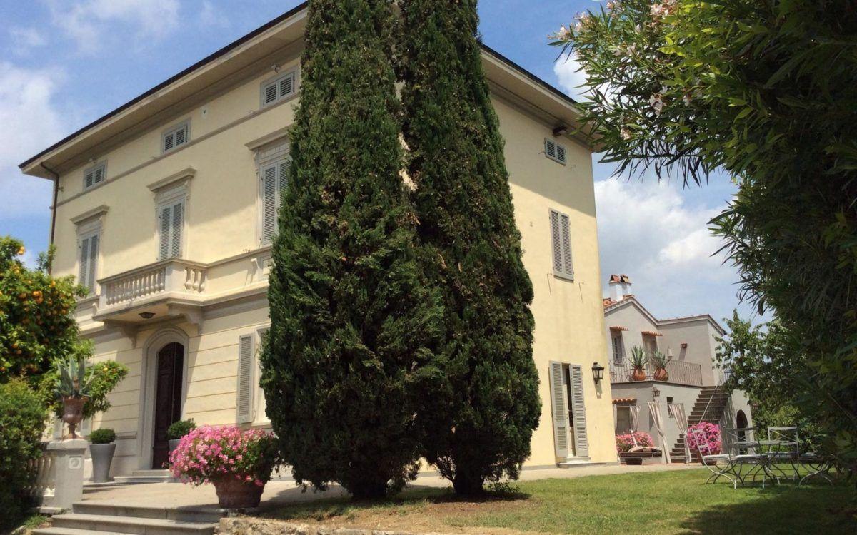 Villa Gespina : Luxueuse Et Élégante Villa Art Nouveau À ... tout Location Maison Avec Piscine Portugal