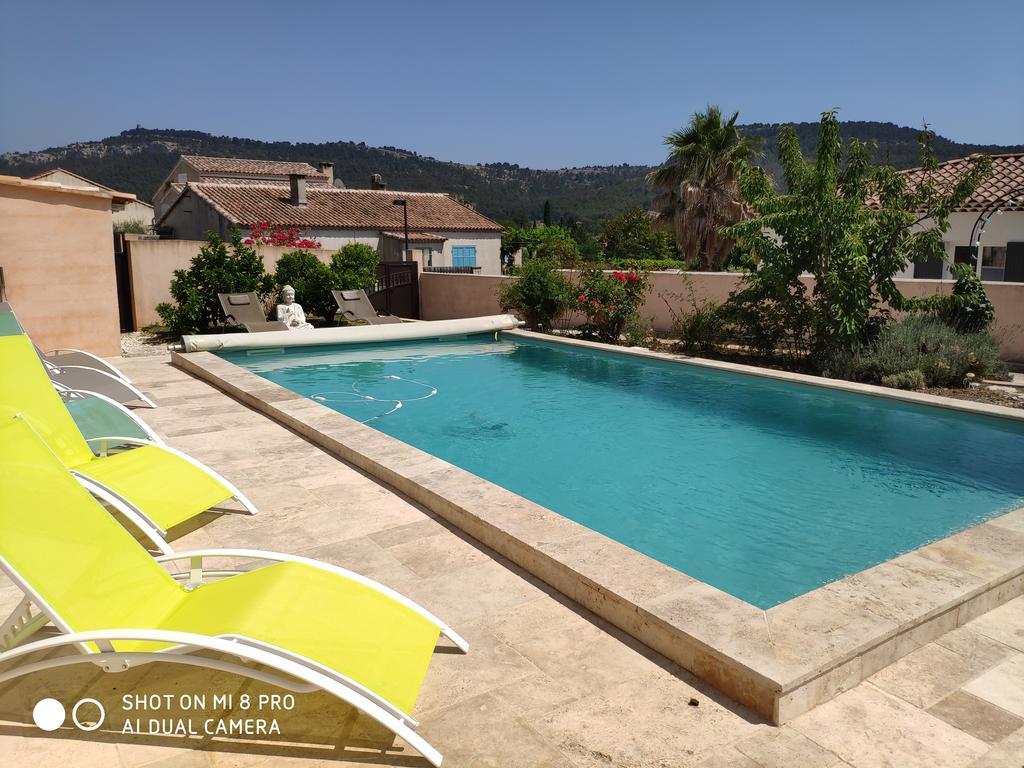 Villa L'oustalet De Sylvie, Roquefort-La-Bédoule, France ... destiné Bache A Barre Piscine 8X4