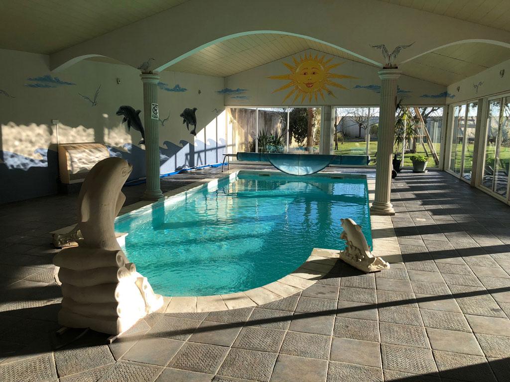 Villa Mariam - Gite De Groupe Charente-Maritime 20 Couchages pour Gite Pour 20 Personnes Avec Piscine Couverte