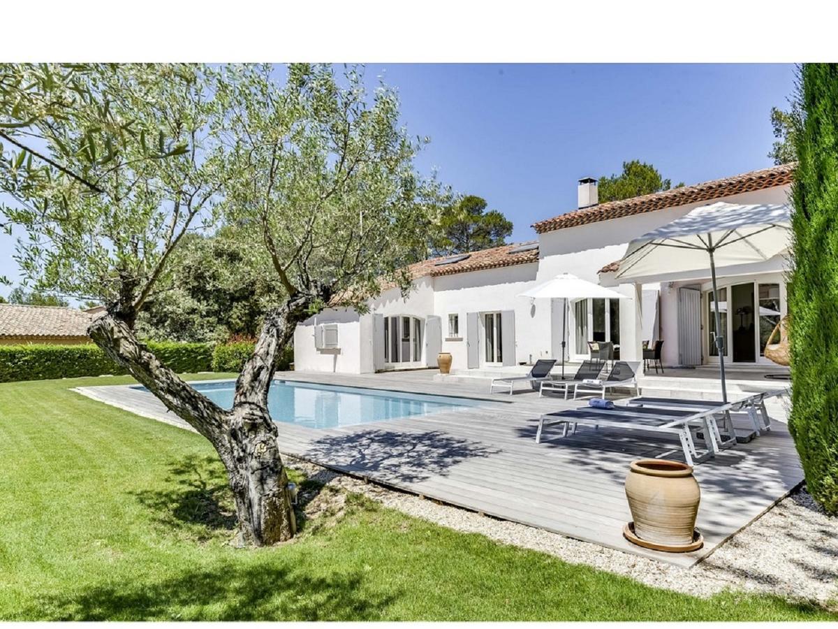 Villa Mas Exclusive 5 Chambres Avec Pisci, Mallemort, France ... serapportantà Hotel Avec Piscine Privée Dans La Chambre France
