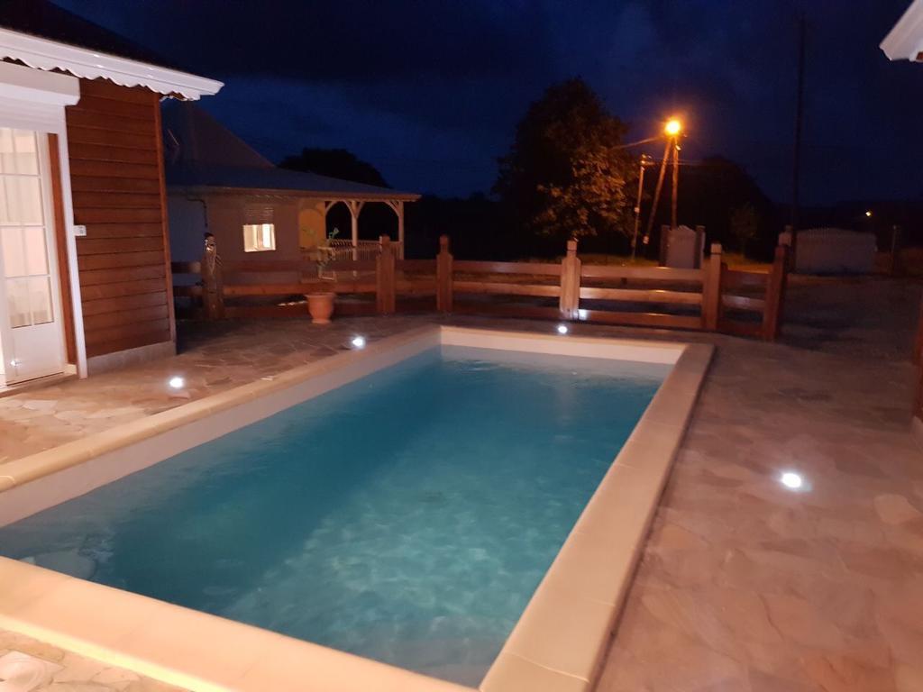 Villa Piscine Ribourgeon, Saint-Louis – Updated 2020 Prices avec Piscine St Lo