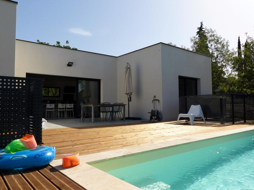 Villa Piscine Sud France, Verzeille, France - Booking intérieur France Piscine Composite