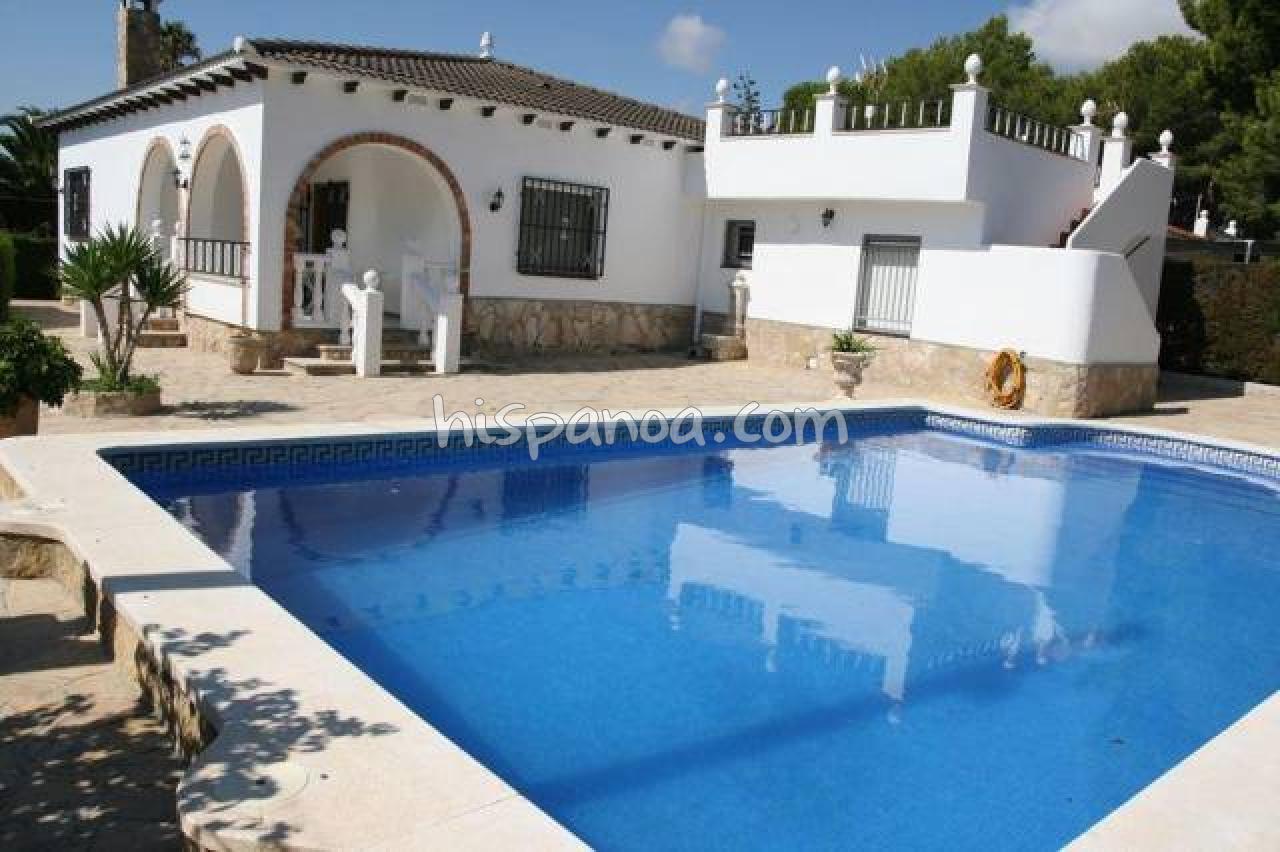Villa Pour 14 Pers Avec Piscine Sur La Costa Dorada ... pour Location Villa Espagne Avec Piscine Privée