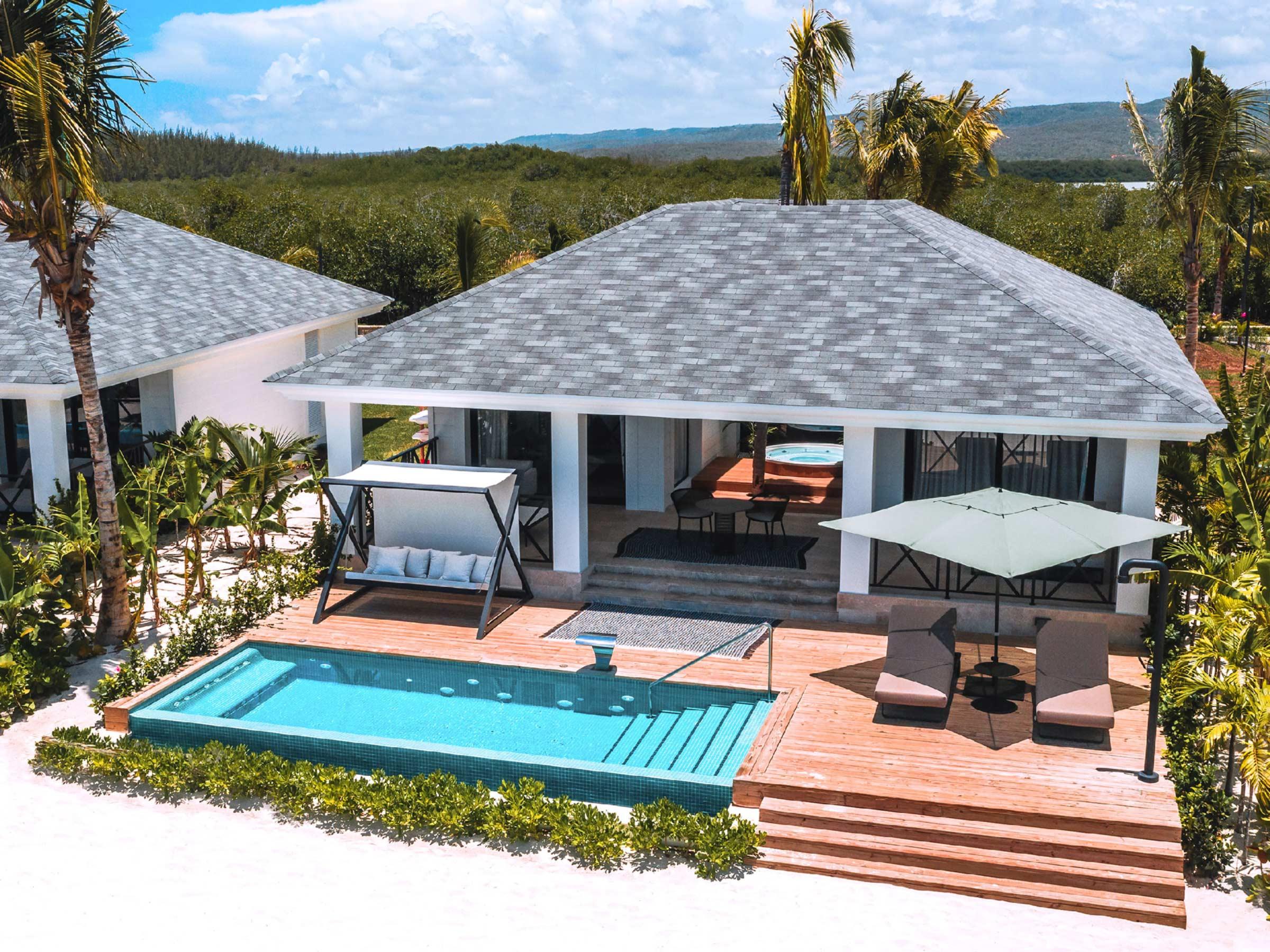 Villa Sur La Plage Avec Piscine Privée | Excellence Club ... avec Hotel Piscine Privée