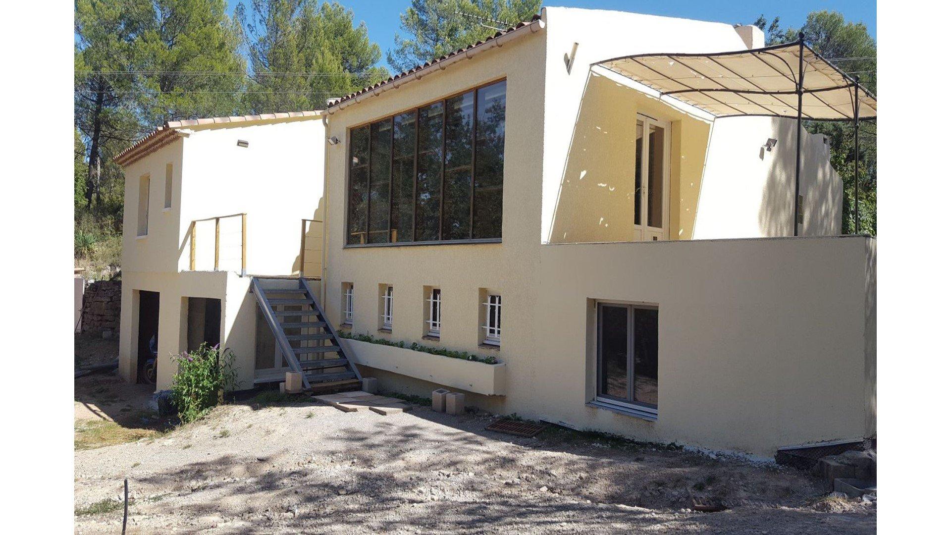 Villa T7 + T2 Sur 7868 M² De Terrain Avec Piscine à Piscine Fuveau