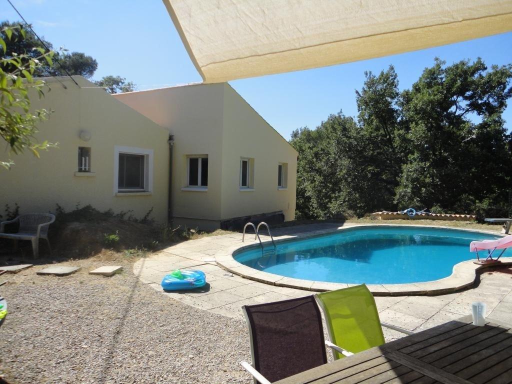 Villa T7 + T2 Sur 7868 M² De Terrain Avec Piscine destiné Piscine Fuveau