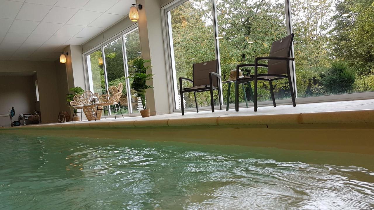 Villa Varentia (Fransa Villers-Bretonneux) - Booking encequiconcerne Jules Verne Piscine