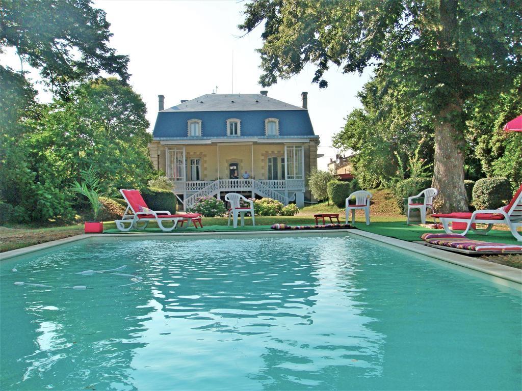 Villalar Chateau Blanche Rabi (Fransa Cadillac) - Booking à Piscine Cadillac