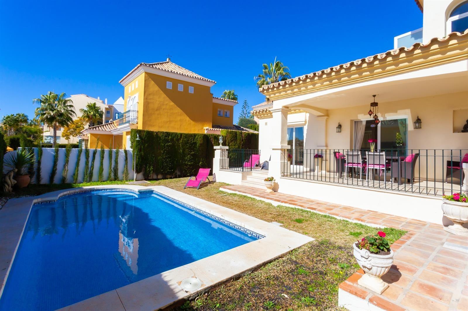 Villas Avec Piscine En Location De Vacances À Andalousie ... dedans Location Maison Vacances Avec Piscine Privée Pas Cher Particulier