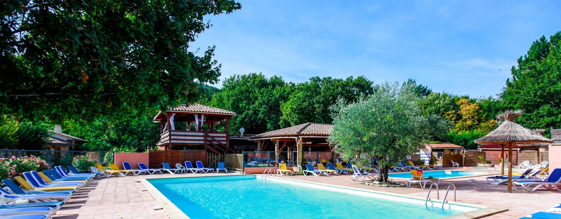 Votre Camping Dans Le Luberon En Provence   Avec 3 Piscines ... avec Camping Lubéron Avec Piscine