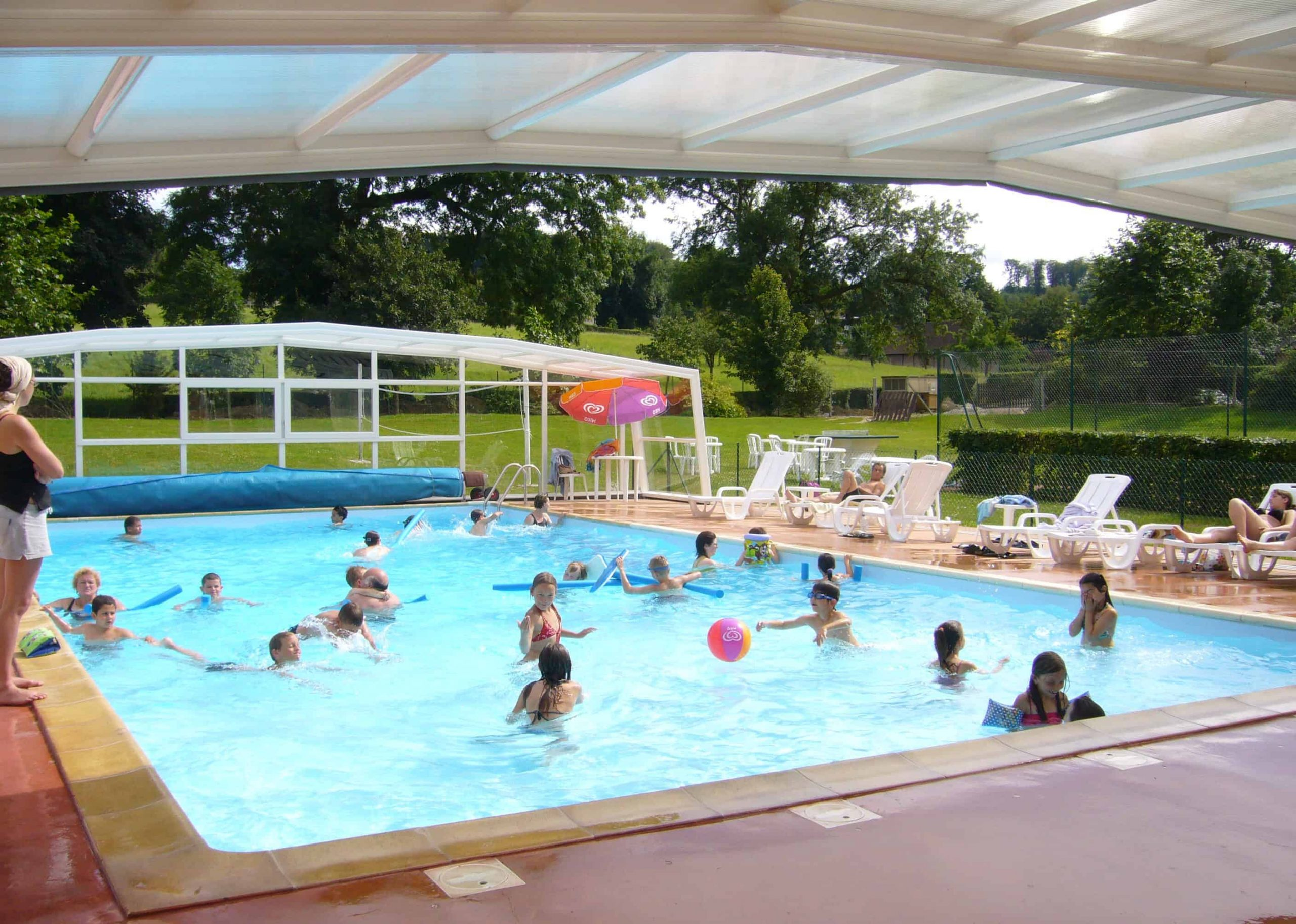 Where To Stay In Rouen: Hotels And Accommodation In Normandy dedans Piscine Montville