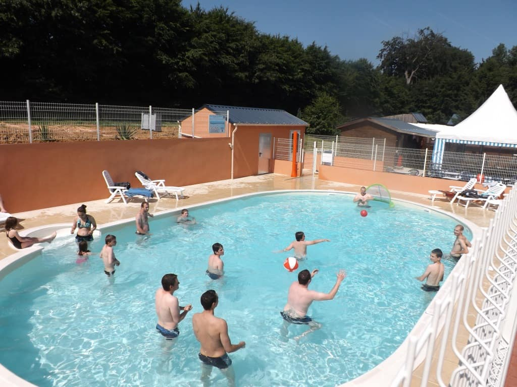 Where To Stay In Rouen: Hotels And Accommodation In Normandy tout Piscine Montville