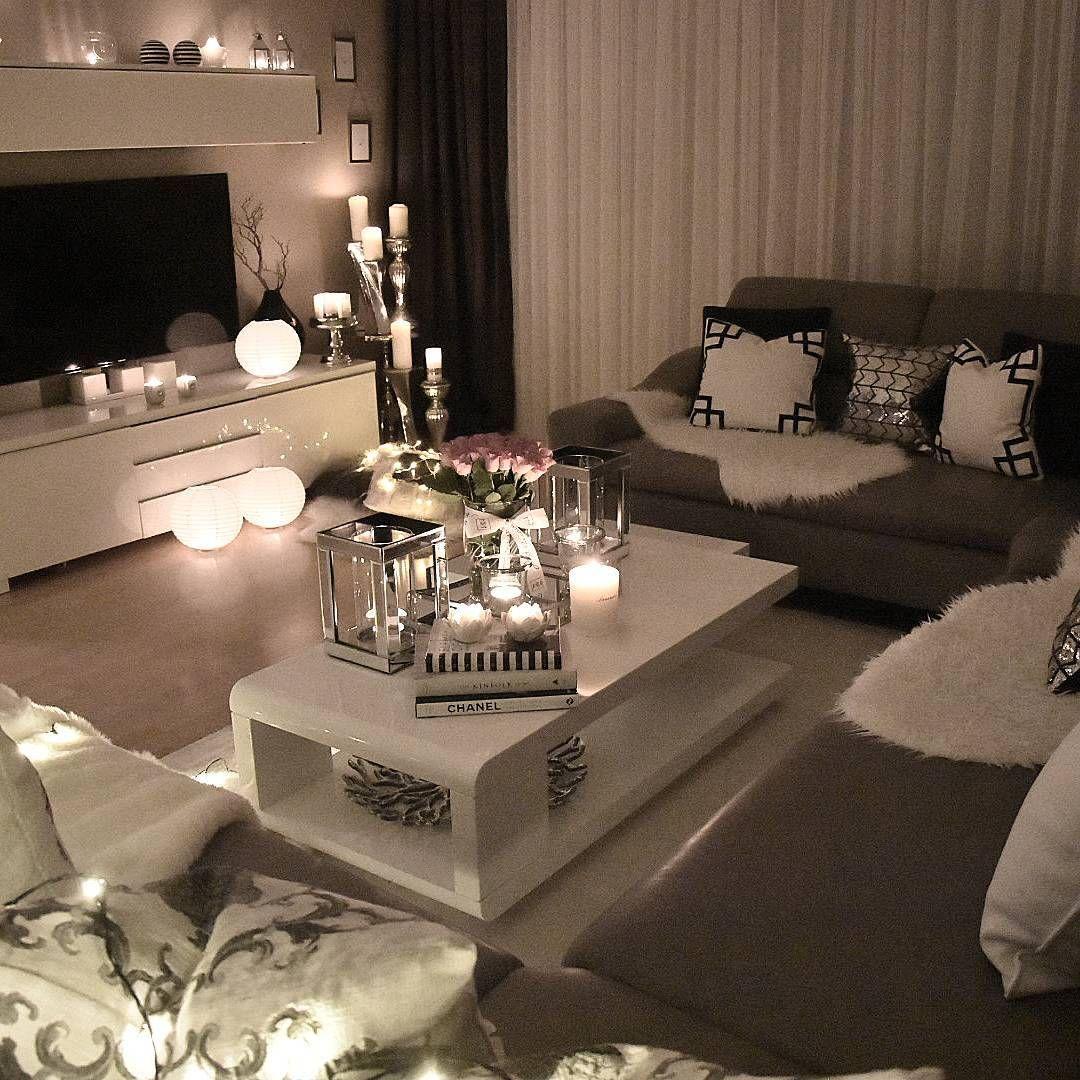 6,836 Likes, 102 Comments - Interior By Zeynep (@zeynepshome ... pour Salon Gris Et Blanc