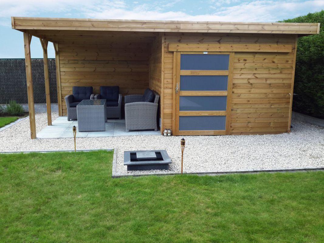 Abri De Jardin Toit Plat Avec Porte Coulissante Et Terrasse ... pour Abri De Jardin Toit Plat