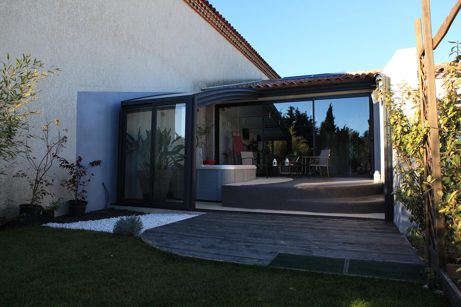 Abri De Terrasse Télescopique R-Home | Fabricant Français ... destiné Abri De Terrasse Ferme