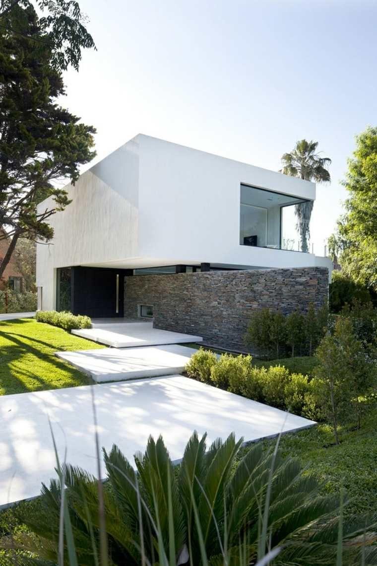 Aménagement Extérieur Maison : Jardins D'entrée Modernes ... concernant Amanagement Extarieur Maison