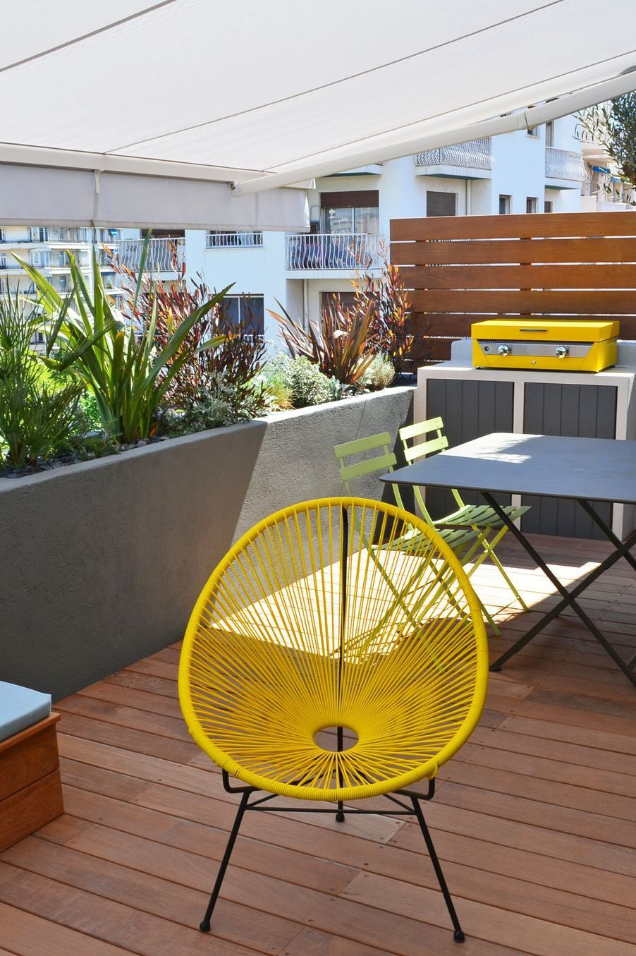Aménager Une Grande Terrasse : 10 Solutions Possibles ... serapportantà Amenager Une Grande Terrasse