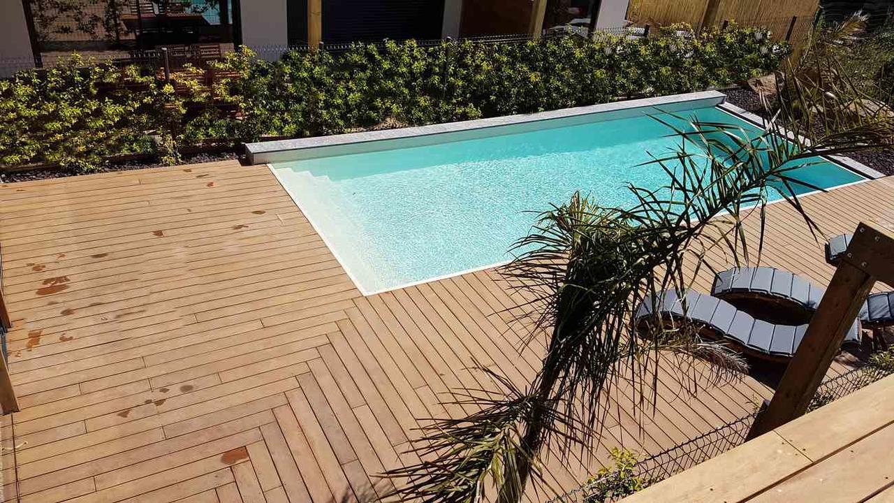 Apartment Superbe 3 Pièces Neuf, Clim, Terrasse Et Piscine ... pour Bois Exotique Terrasse Piscine