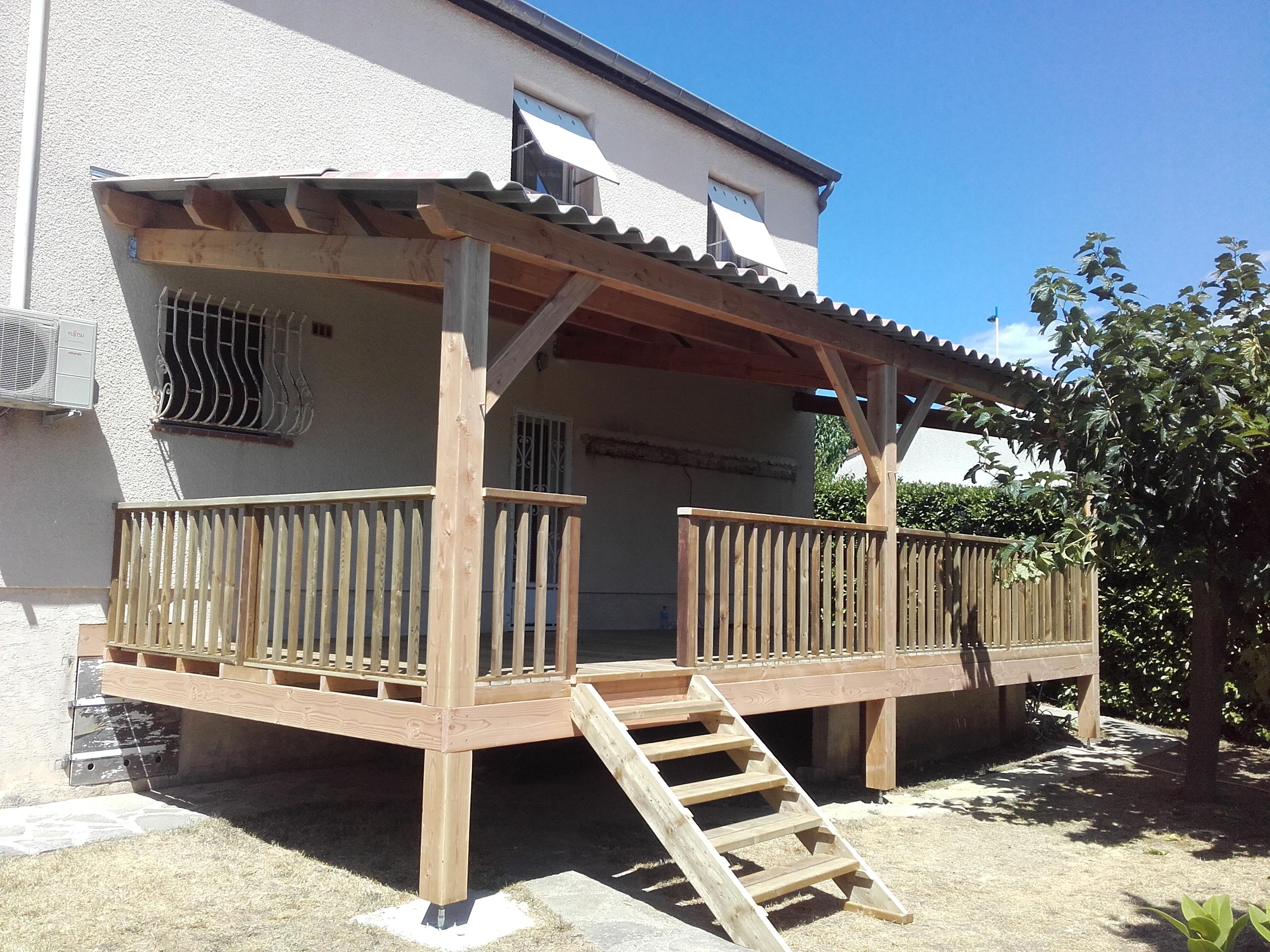 Auvent Et Terrasse Bois - Boiseco Construction - Maisons A ... pour Auvent Bois Terrasse