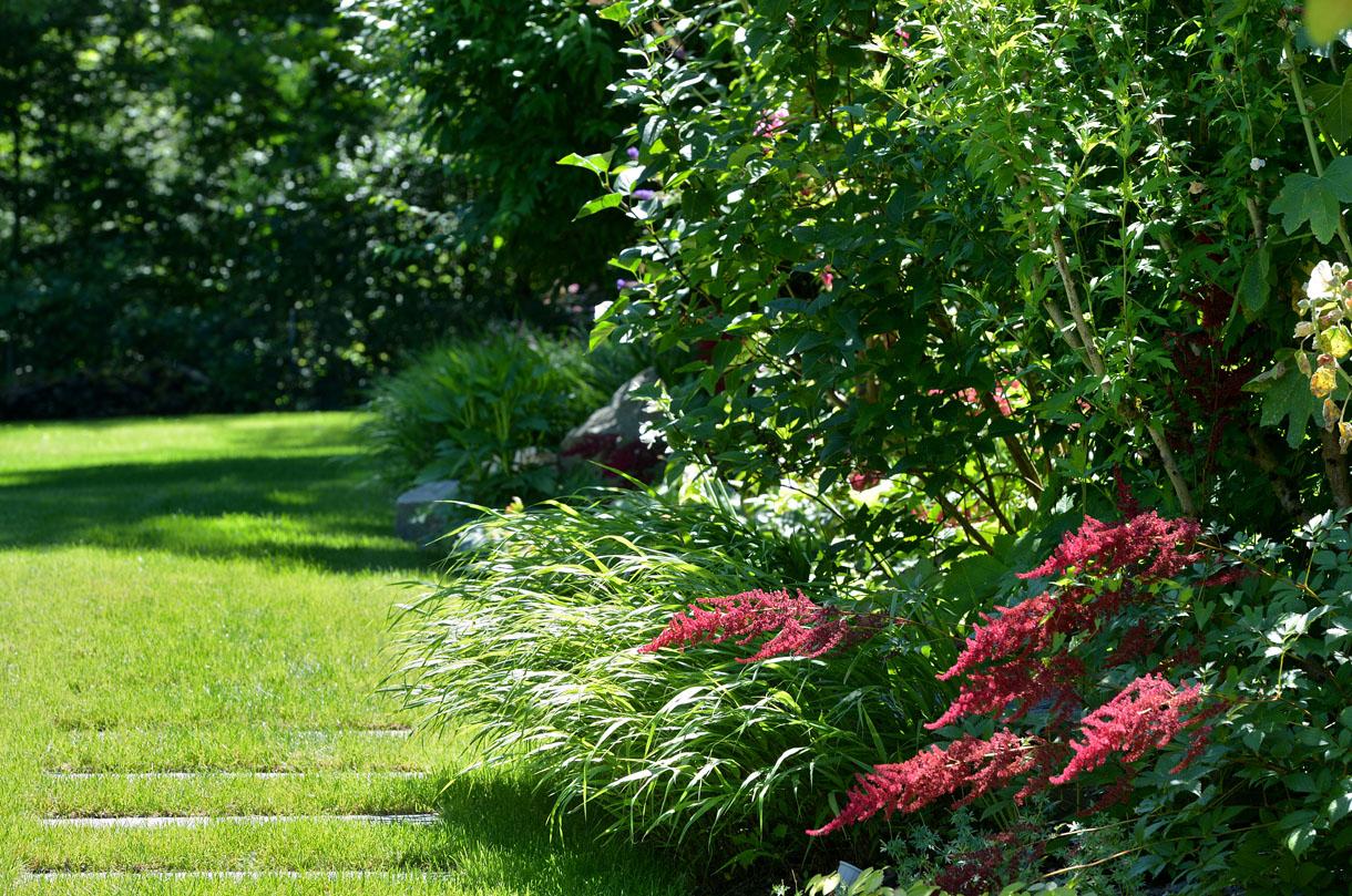 Avant-Après : Aménager Un Jardin Tout En Longueur - Détente ... avec Amenager Jardin Rectangulaire