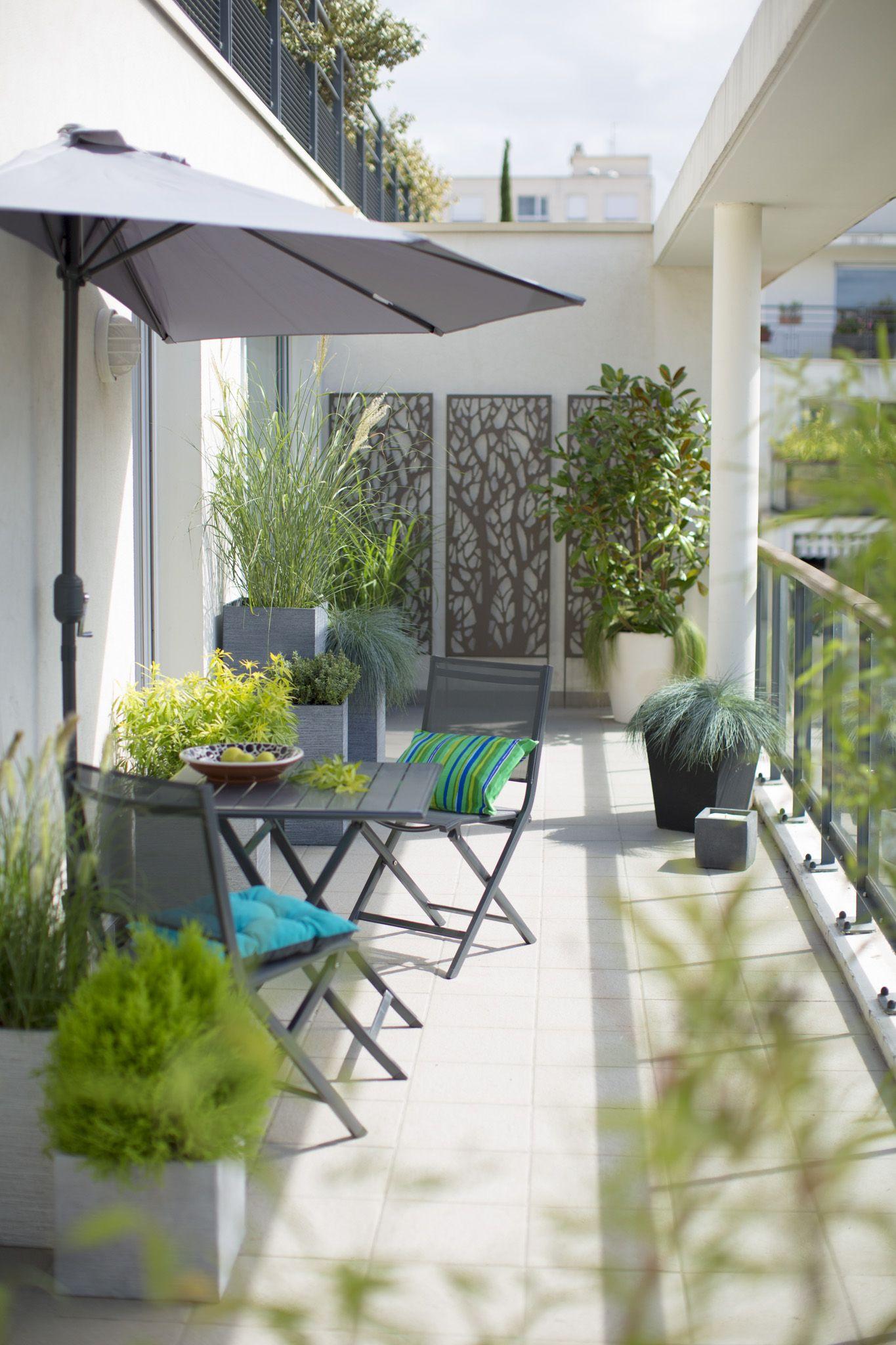 Balcon Contemporain. | Aménagement De Jardin Devant La ... dedans Amenagement De Terrasse