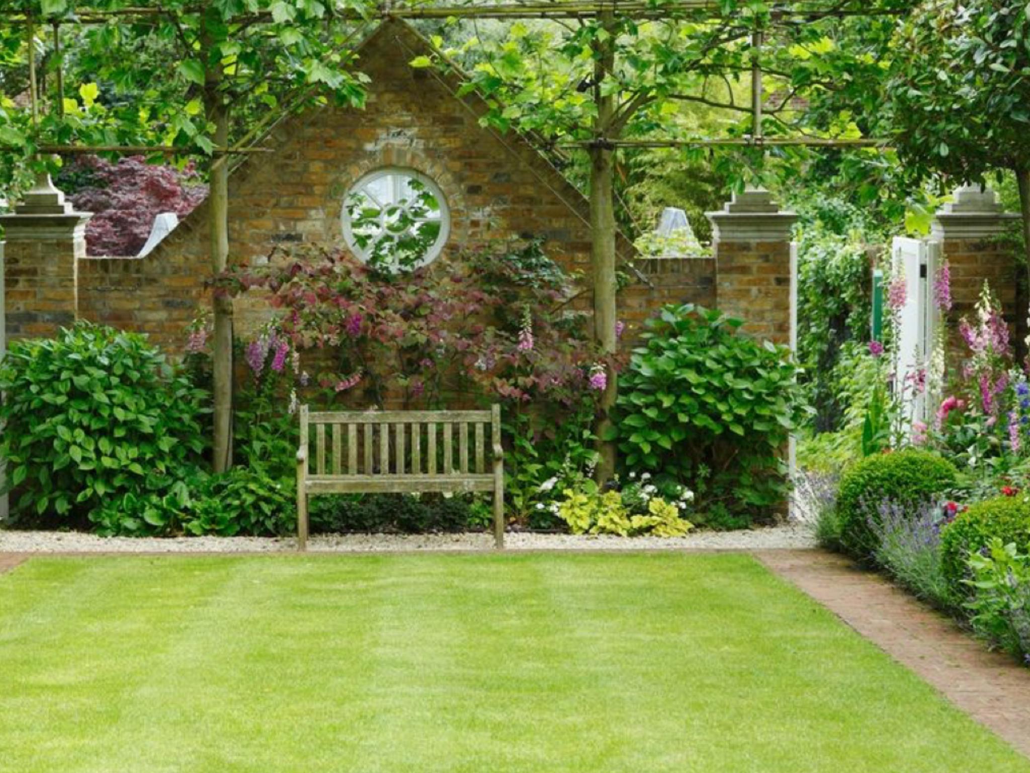 Barb Ventes Sur Les Jardins Anglais De Conception De Jardin ... intérieur Petit Jardin Paysager
